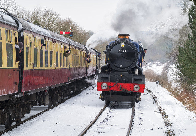 King Edward II steam locomotive pulling into Hampton Loade station on the Severn Valley Railway, Shropshire.