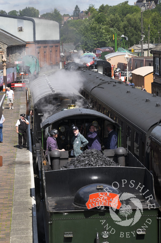 The GWR steam locomotive Erlestoke Manor 7812 seen at Bridgnorth Station, Shropshire, on the Severn Valley Railway line.