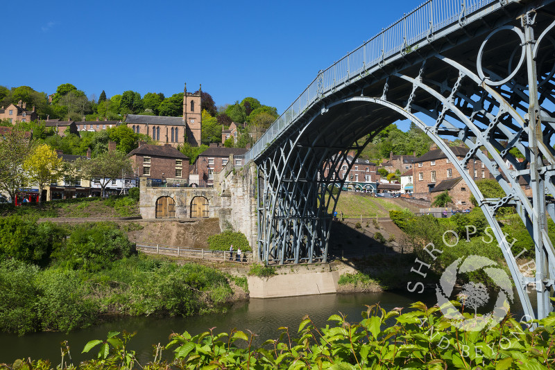 A view of the Iron Bridge spanning the River Severn at Ironbridge, Shropshire.
